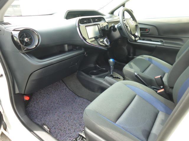 S メモリーナビ ワンセグTV パワーシート エアコン パワーステアリング パワーウィンドウ 運転席エアバッグ 助手席エアバッグ ABS(11枚目)