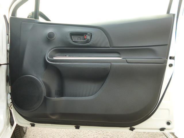 S メモリーナビ ワンセグTV パワーシート エアコン パワーステアリング パワーウィンドウ 運転席エアバッグ 助手席エアバッグ ABS(15枚目)