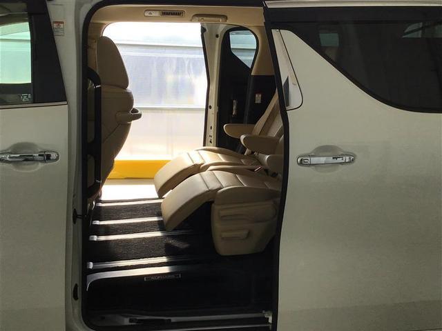G 衝突軽減 ナビTV 4WD スマートキー ETC メモリーナビ キーレス レーダーC 両自動ドア 盗難防止装置 3列シート Bモニター CD LEDライト パワーシート(24枚目)