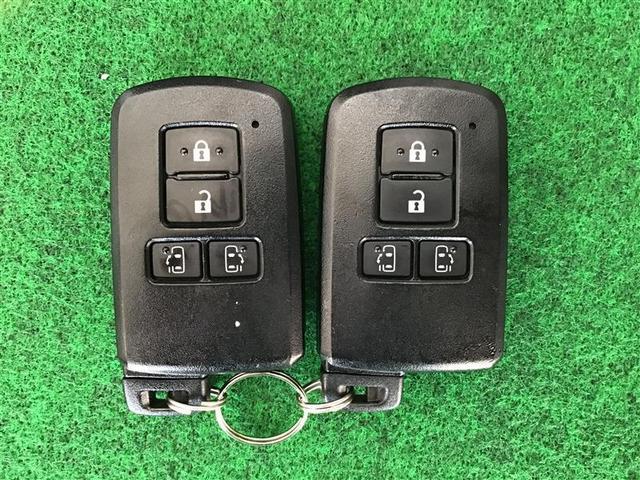 G 衝突軽減 ナビTV 4WD スマートキー ETC メモリーナビ キーレス レーダーC 両自動ドア 盗難防止装置 3列シート Bモニター CD LEDライト パワーシート(40枚目)