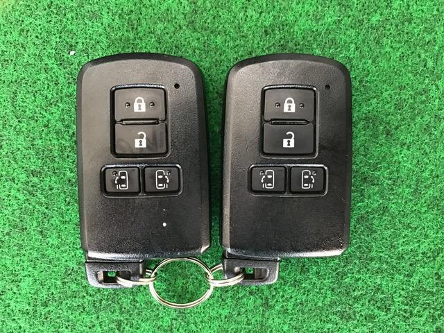 G 衝突軽減 ナビTV 4WD スマートキー ETC メモリーナビ キーレス レーダーC 両自動ドア 盗難防止装置 3列シート Bモニター CD LEDライト パワーシート(46枚目)
