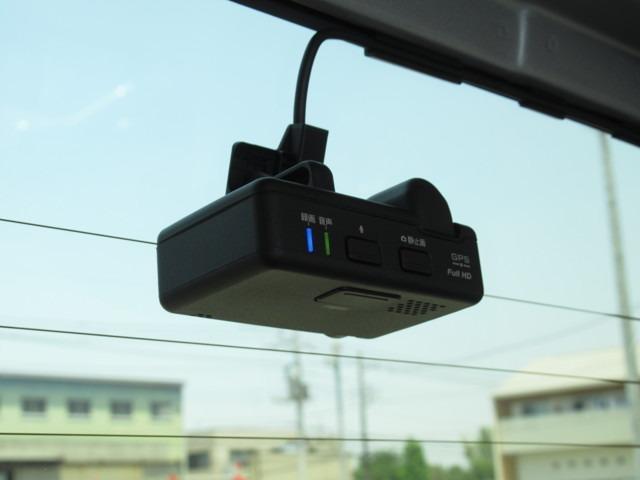 Gホンダセンシング メモリーナビ・バックカメラ・ETC スマートキー 横滑り防止装置 LEDヘッドランプ CD ABS エアコン パワーステアリング パワーウィンドウ(16枚目)
