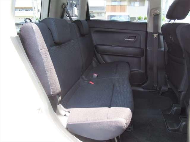 W メモリーナビ・スマートキー 盗難防止システム HIDヘッドライト アルミホイール ベンチシート CD ABS エアバッグ エアコン パワーステアリング パワーウィンドウ(8枚目)