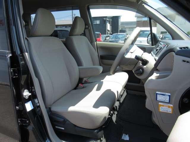 G バックカメラ付CD・スマートキー 盗難防止システム ベンチシート ABS エアバッグ エアコン パワーステアリング パワーウィンドウ(9枚目)