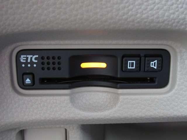 G・Lホンダセンシング メモリーナビ・バックカメラ・ETC 両側スライド・片側電動 スマートキー 盗難防止システム 横滑り防止装置 ベンチシート フルセグ ミュージックプレイヤー接続可 衝突防止システム LEDヘッドランプ(13枚目)