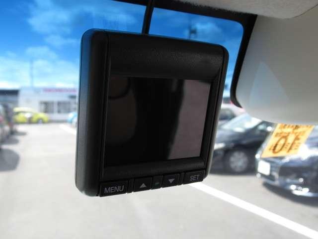 G・Lホンダセンシング メモリーナビ・バックカメラ・ETC 両側スライド・片側電動 スマートキー 盗難防止システム 横滑り防止装置 ベンチシート フルセグ ミュージックプレイヤー接続可 衝突防止システム LEDヘッドランプ(16枚目)