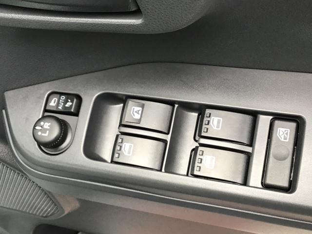LリミテッドSAIII 左右パワースライドドア パノラマカメラ オートエアコン オートライト セキュリティアラーム LEDヘッドライト(13枚目)