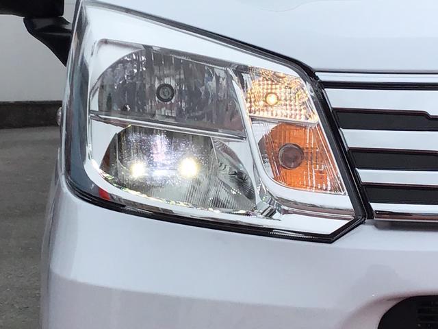 XリミテッドII SAIII LEDヘッドライト バックカメラ アルミホイール オートライト オートエアコン セキュリティアラーム アイドリングストップ(10枚目)