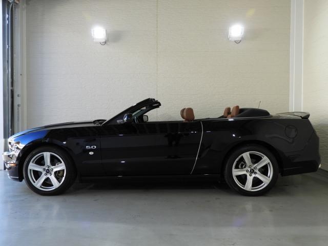 フォード フォード マスタング V8 GTコンバーチブル プレミアム 2014年モデル