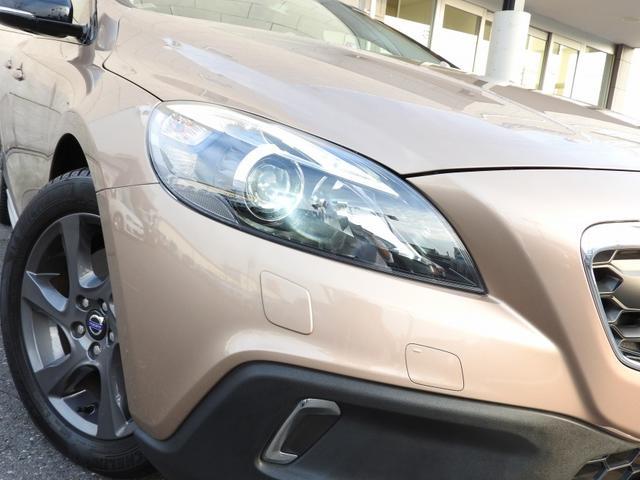 ボルボ ボルボ V40 クロスカントリー T5 AWD レーダーセーフティ 純正ナビ