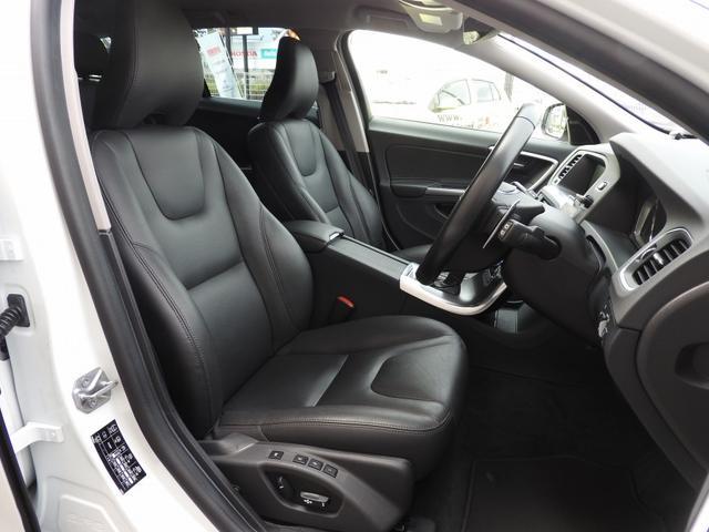 ボルボ ボルボ V60 T4 SE 2015年モデル 衝突軽減システム レザーシート