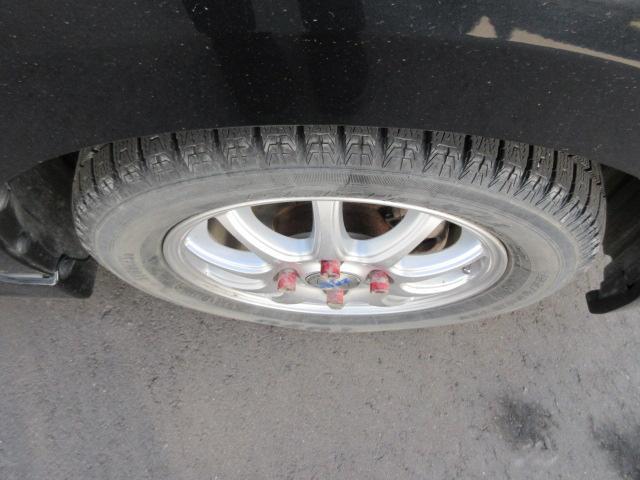 お客様に安心して乗って頂くため、走行距離不問の3ヶ月の保証付きになります。また、車検整備時にはしっかりとした点検、エンジンオイル交換をしております。
