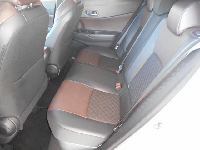 「トヨタ」「C-HR」「SUV・クロカン」「茨城県」の中古車3