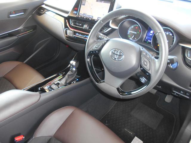 「トヨタ」「C-HR」「SUV・クロカン」「茨城県」の中古車19
