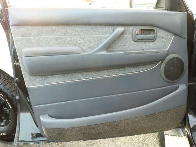 トヨタ ランドクルーザー80 VXリミテッド Gパッケージ 3UP 専用シート