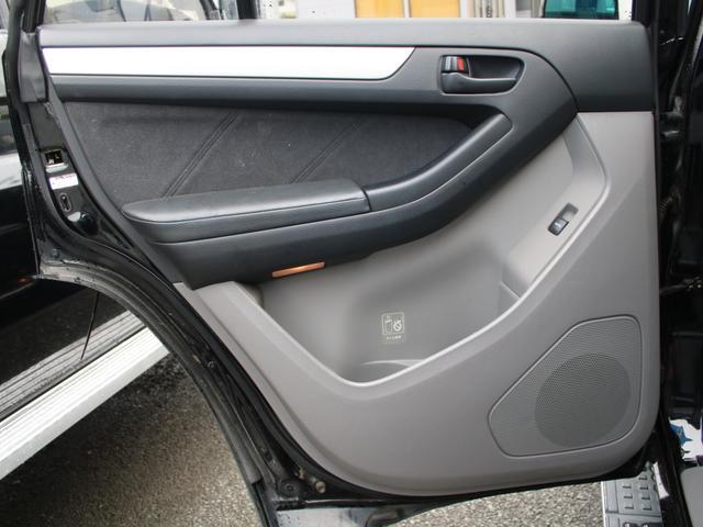 トヨタ ハイラックスサーフ SSR-X 社外16インチAW 265タイヤ フロントリップ