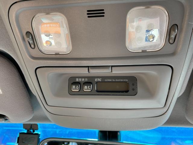 VXリミテッド オールペイントブラック マルチレス MKW22インチAW 社外305タイヤ 後期LOOKヘッドライト&テール ウッドコンビハンドル&シフトノブ 純正ETC(19枚目)