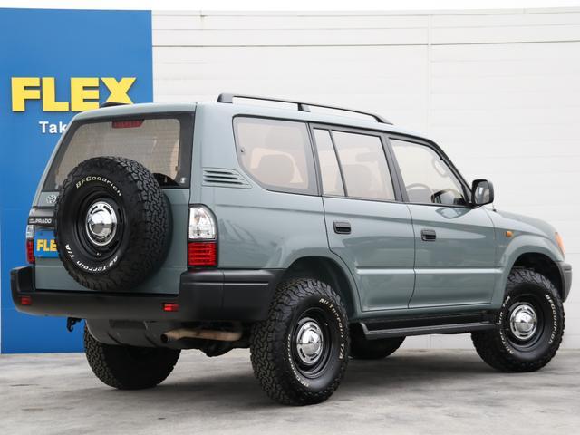 背面タイヤも新品交換済み☆リアビューからもオシャレな雰囲気が感じられます☆