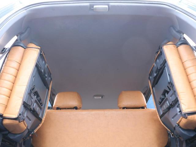 荷室は横開きとなっております☆シート跳ね上げ時には大きなスペースを確保できます☆