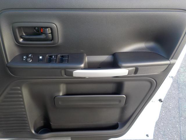 ハイブリッドXZ 届出済未使用車 デュアルセンサーブレーキサポート 全方位モニター用カメラパッケージ(47枚目)