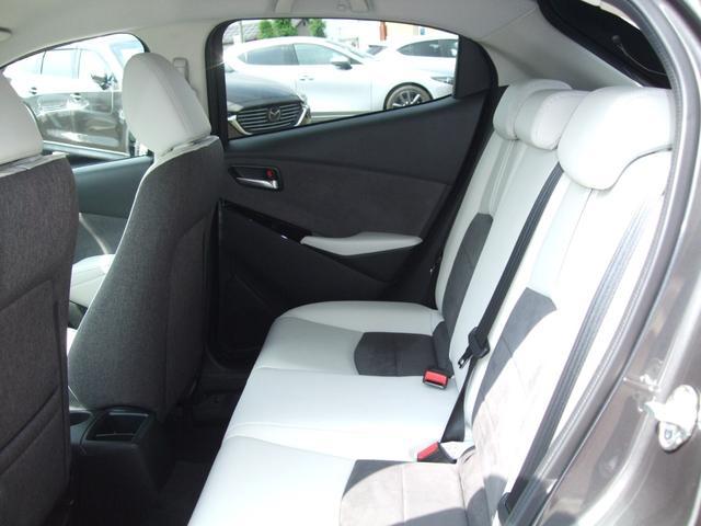 XD ホワイト コンフォート 4WD 360°カメラ マツコネナビ レーダークルーズ LEDライト 白革シート シートヒーター 運転席Pシート パドルシフト 衝突軽減ブレーキ(41枚目)