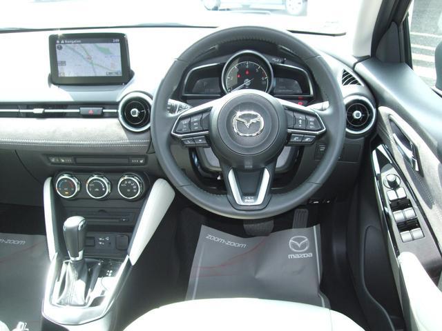 XD ホワイト コンフォート 4WD 360°カメラ マツコネナビ レーダークルーズ LEDライト 白革シート シートヒーター 運転席Pシート パドルシフト 衝突軽減ブレーキ(46枚目)