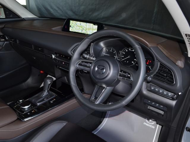 1.8 XD Lパッケージ ディーゼルターボ AWD BOSE ETC(2枚目)