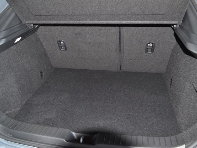 1.8 XD Lパッケージ ディーゼルターボ AWD BOSE ETC(10枚目)