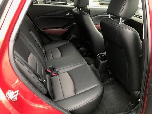 1.5 XD ツーリング ディーゼルターボ 4WD BOSE MRCC 1オナ フルセグTV バックカメ オートクルーズ ETC 4WD シートヒーター ナビTV スマートキー ターボ メモリーナビ 記録簿 スマートシティブレーキ LEDヘッドライト(8枚目)