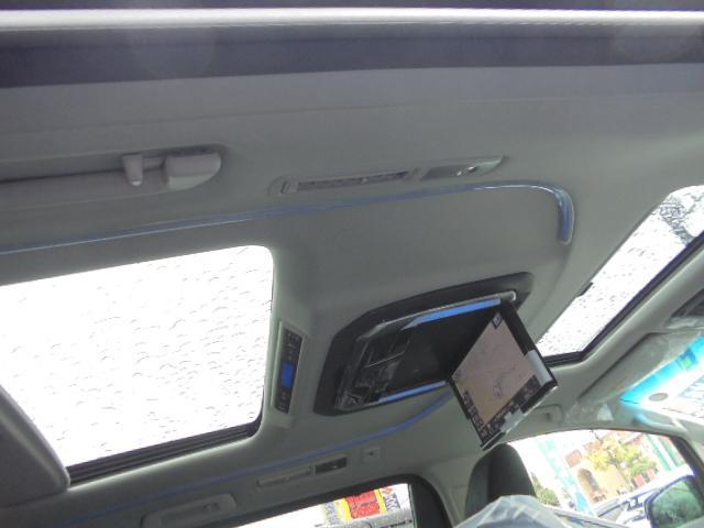 トヨタ ヴェルファイアハイブリッド ZR 4WD ツインサンルーフ フルセグSDナビ 後席M