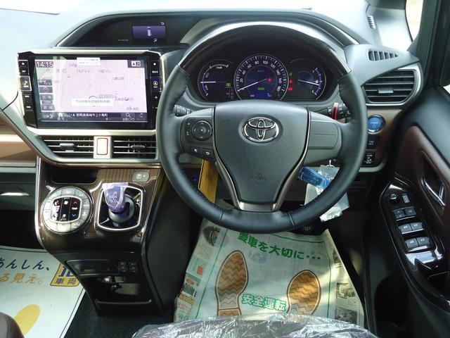 トヨタ エスクァイア ハイブリッドGi プレミアムP フルセグナビ 後席モニター