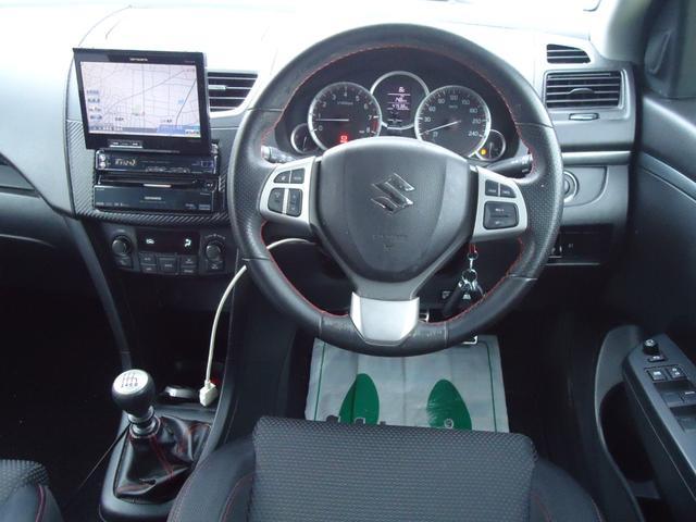 ベースグレード 6速マニュアル フルセグHDDナビ クルーズコントロール HIDライト セキュリティ キープッシュスタート(3枚目)