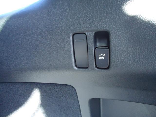 1.6STIスポーツアイサイト 4WD 8インチフルセグナビ バックカメラ レーダークルーズコントロール レザーシート パドルシフト LEDヘッドライト シートヒーター ETC(31枚目)