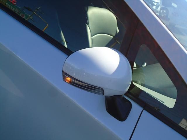 S フルセグナビ フロント・バックカメラ HIDライト ETC 革調シートカバー ドライブレコーダー サイド・カーテンエアバッグ(31枚目)