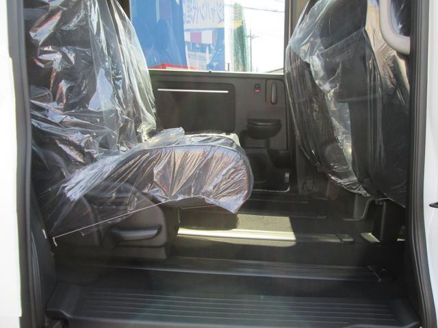スパーダ ホンダセンシング ホンダセンシング わくわくゲート フロント・フルオートエアコンディショナー+リア・マニュアルクーラー ETC2.0 LEDヘッドライト 両側パワースライドドア フォグランプ 登録済未使用車(38枚目)