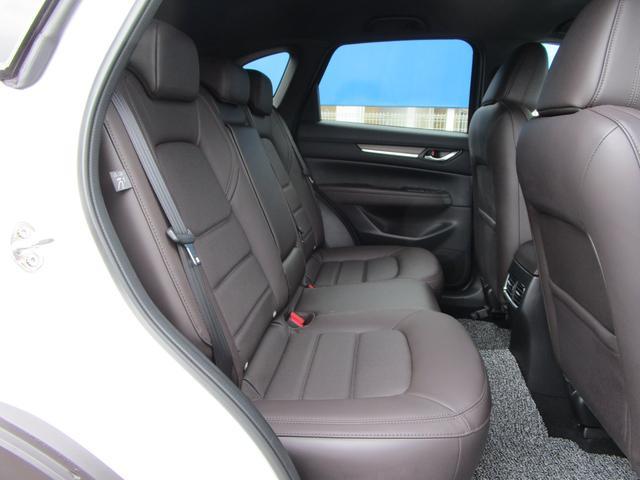 XD エクスクルーシブモード 4WD 360°ビューモニターiアクティブセンス BOSE LEDライト マツダコネクト フルセグTV CD再生 DVD再生 Bluetooth接続 ステアリングヒーター シートヒーター ETC(9枚目)