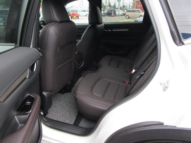 XD エクスクルーシブモード 4WD 360°ビューモニターiアクティブセンス BOSE LEDライト マツダコネクト フルセグTV CD再生 DVD再生 Bluetooth接続 ステアリングヒーター シートヒーター ETC(30枚目)