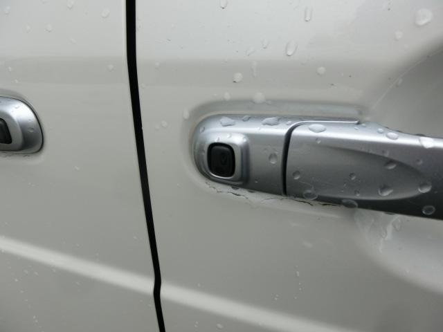 X モンベルバージョンSA SDナビ フルセグTV DVD再生 Bluetooth バックカメラ 衝突被害軽減装置 パワースライドドア ユーザー買取車(44枚目)