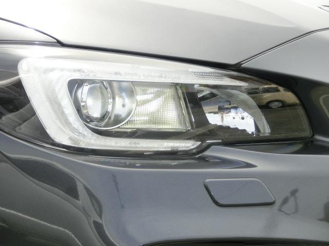 1.6STIスポーツアイサイト 前後衝突被害軽減ブレーキ 社外ナビTV サイド&バックカメラ ビルトインETC スマートキー LEDライト レザーシート シートヒーター 純正18インチアルミ(11枚目)