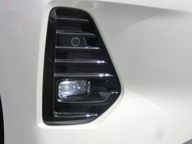 X ツートーンインテリアエディション シルバースタイルパッケージ エマージェンシーブレーキ 純正9インチナビ フルセグ Bluetooth 追従型クルコン LEDライト ETC2.0 革シート アラウンドVモニター シートヒーター(15枚目)
