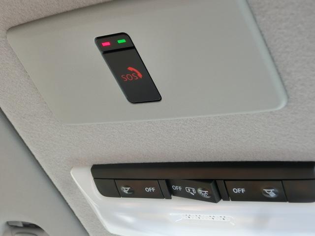X ツートーンインテリアエディション シルバースタイルパッケージ エマージェンシーブレーキ 純正9インチナビ フルセグ Bluetooth 追従型クルコン LEDライト ETC2.0 革シート アラウンドVモニター シートヒーター(28枚目)