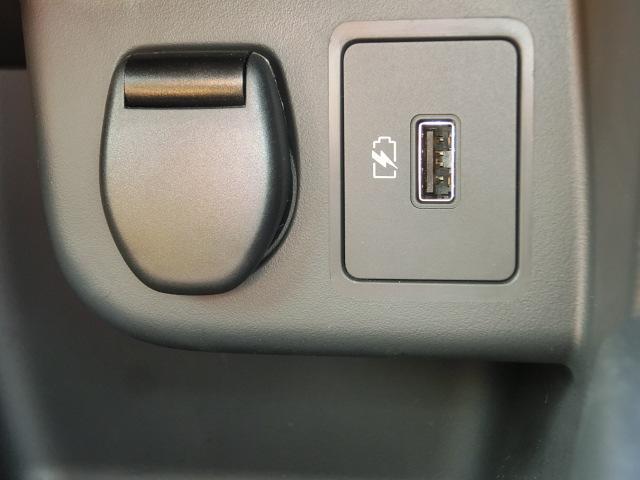 X ツートーンインテリアエディション シルバースタイルパッケージ エマージェンシーブレーキ 純正9インチナビ フルセグ Bluetooth 追従型クルコン LEDライト ETC2.0 革シート アラウンドVモニター シートヒーター(41枚目)