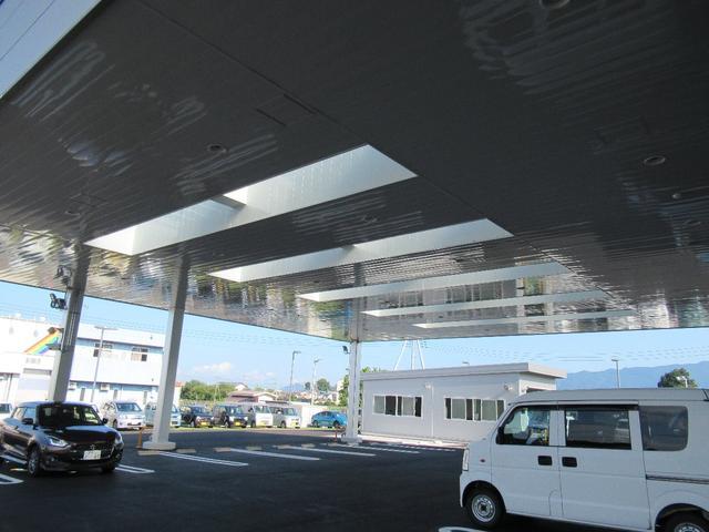 ベースグレード SDワイドナビ 地デジフルセグTV 前後カメラドライブレコーダー LEDヘッドライト フォグランプ キーレスプッシュスタート 17インチアルミホイール(45枚目)