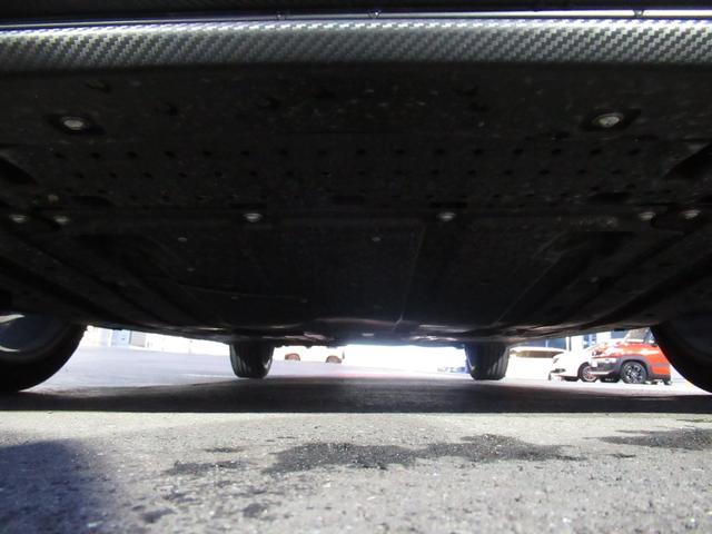 ベースグレード SDワイドナビ 地デジフルセグTV 前後カメラドライブレコーダー LEDヘッドライト フォグランプ キーレスプッシュスタート 17インチアルミホイール(78枚目)