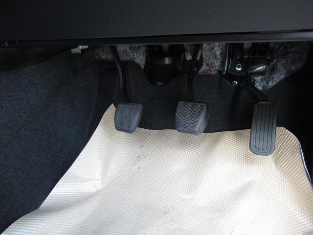 Z 6MT 8インチオーディオディスプレイ ナビキット バックカメラ ビルトインETC メーカーオプション16インチアルミ セーフティセンス シートヒーター(16枚目)