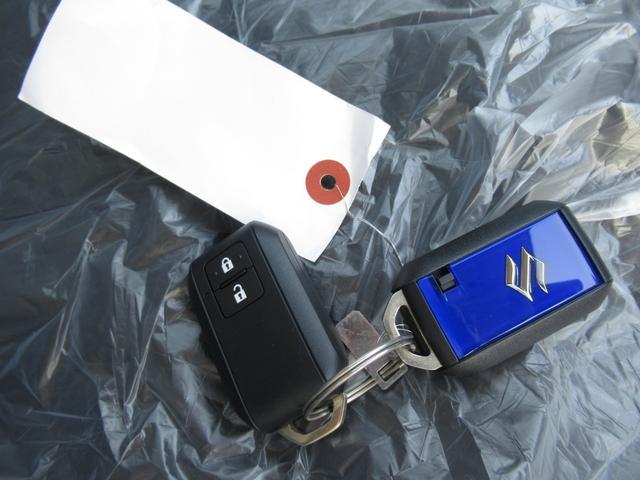 ハイブリッドFX フルセグSDナビ バイザー フロアマット キーフリー デュアルセンサーブレーキ シートヒーター イモビライザー(68枚目)