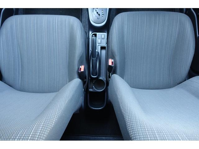 運転席と助手席です☆クリーニング済みできれいな状態です☆