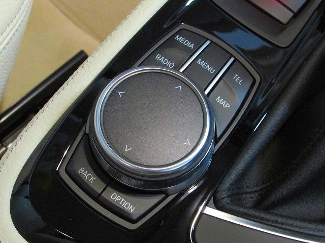 BMW BMW 218dアクティブツアラー ラグジュアリー ACC HUD
