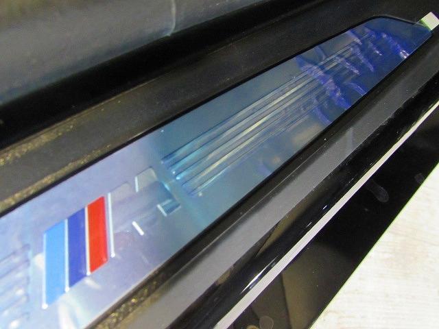 sDrive 18i Mスポーツ 認定中古車 純正ナビ ブラックハーフレザー シートヒーター パワーシート ルームミラー内蔵ETC バックカメラ 障害物センサー 電動リアテールゲート LEDヘッドライト アクティブクルーズコントロール(19枚目)