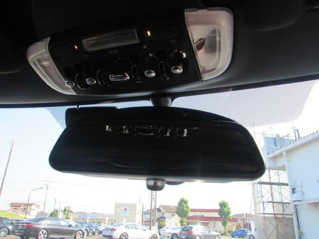 ジョンクーパーワークス コンバーチブル 認定中古車 ワンオーナー 禁煙車 弊社下取車 純正HDDナビ ヘッドアップディスプレイ LEDヘッドライト ブラックハーフレザー バックカメラ 障害物センサー ETC コンフォートアクセス(26枚目)